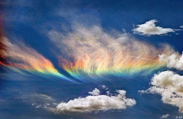 Fire_Rainbow_NW_USA